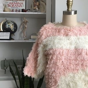 Vintage • Looped Fluffy Cropped Sweater